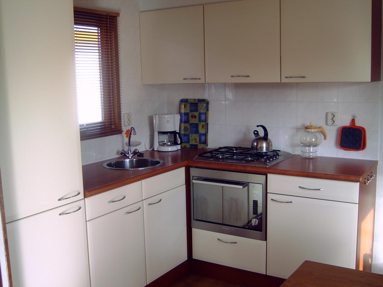 Vakantiehuisje op de veluwe het chalet - Keuken voor chalet ...